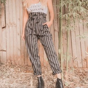 Black striped paper bag high waist button trousers